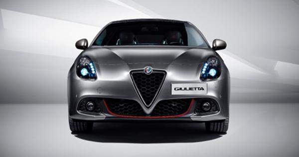 Mayıs'ta Yeni Alfa Romeo Giulietta Alın Sunroof Fırsatını Kaçırmayın!