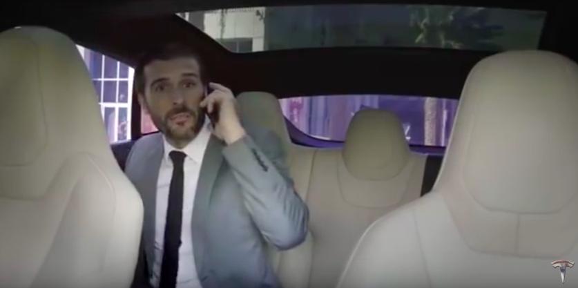 Dubai'de ilk sürücüsüz otomobil deneyimi