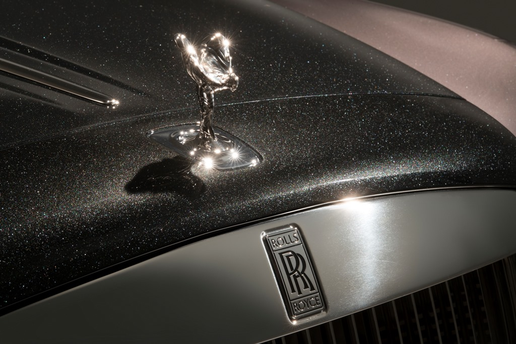 1490180518_P90250377_highRes_rolls_royce_ghost_ex