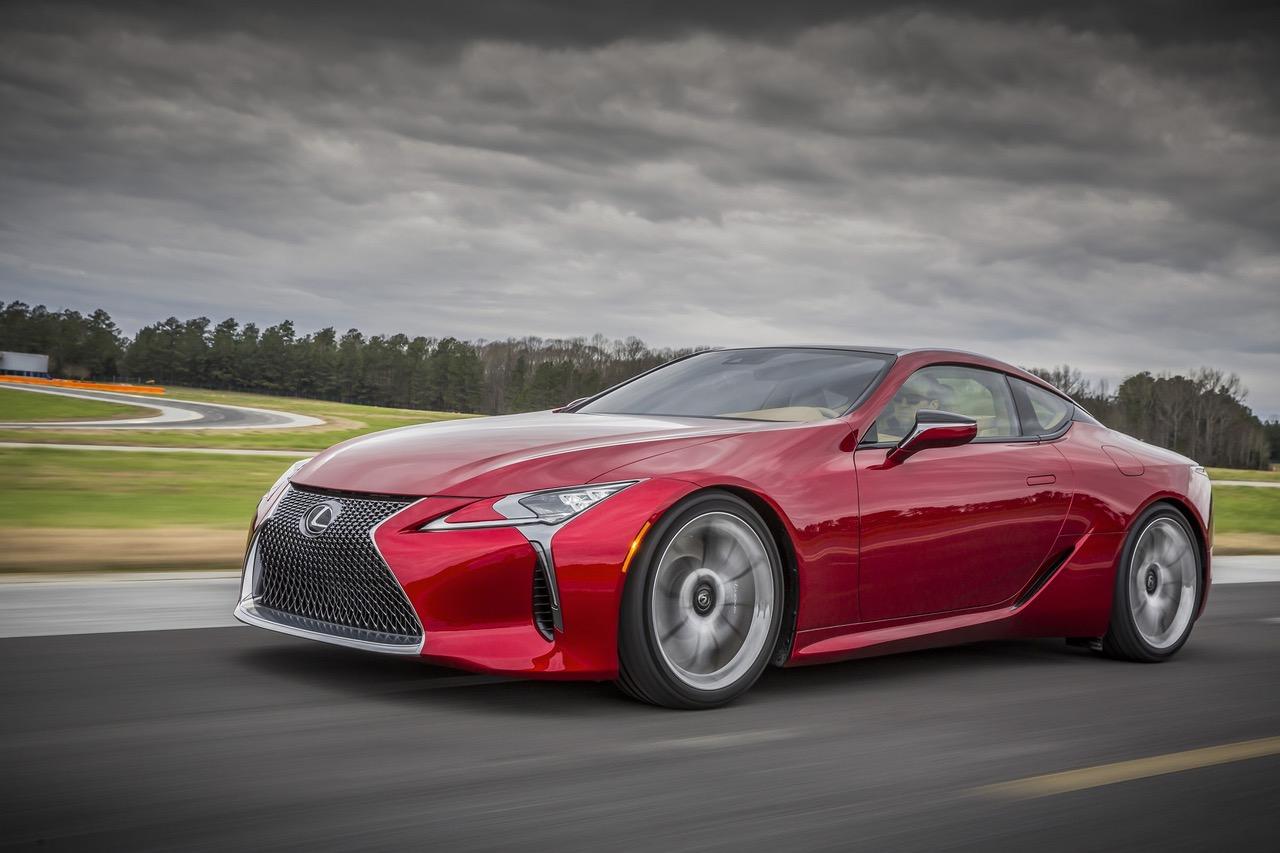 LEXUS Süper Coupe ile LC Tasarım Ödülü Aldı