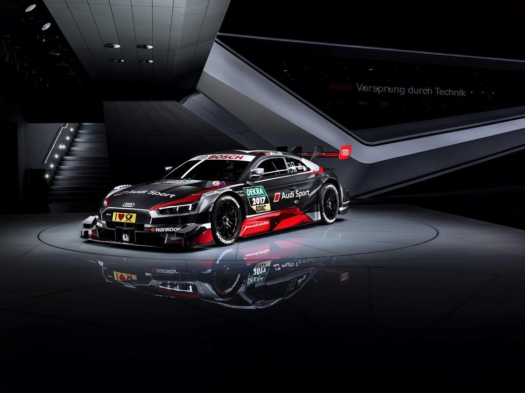 Audi'nin DTM Canavarı Piste Çıktı!