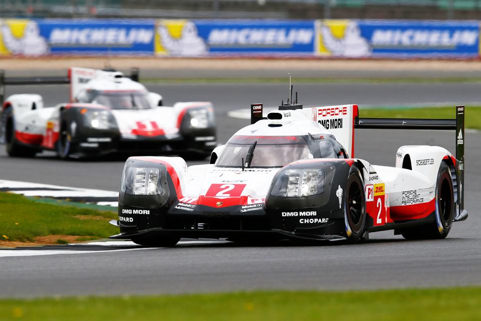 Porsche 919 Hybrid Dünya Dayanıklılık Şampiyonası'nda Piste Çıktı