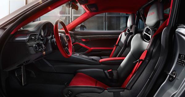 Tüm zamanların en güçlü 911'i:  Yeni Porsche 911 GT2 RS