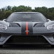 ford-gt-carbon-serie-3_1600x0w